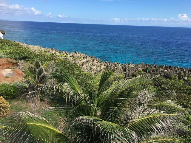 Ocean Front Residential Lot on the Iron Shore in Light House Estate