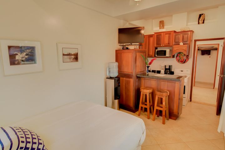 Sea Vue Condo West Bay, Ocean Studio, Roatan,