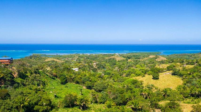 Shore Ocean Views, 2.48 Acres, Unobstructed North and South, Roatan,