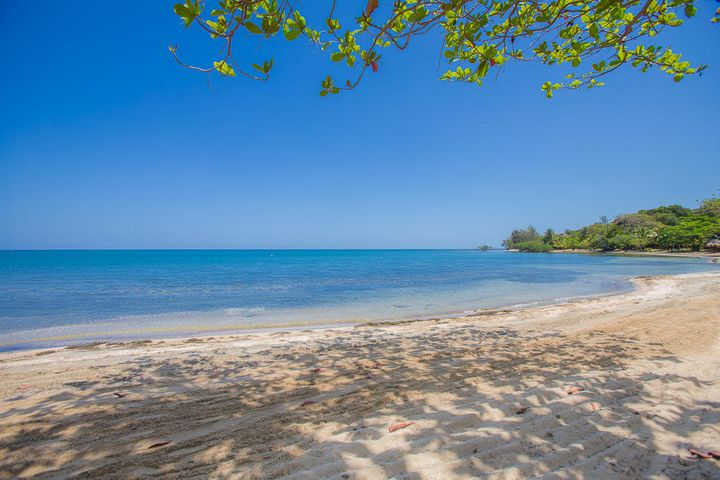 20190312230444895160000000-o Palmetto Bay, Beachfront Lot 6, Roatan, (MLS# 19-87)