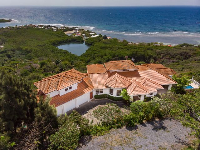With Miles of Ocean Views, Gorgeous Estate Home, Roatan,