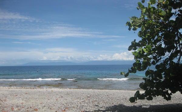 - Mariners Landing, 0.42 Acre Beachfront Lot, Utila,