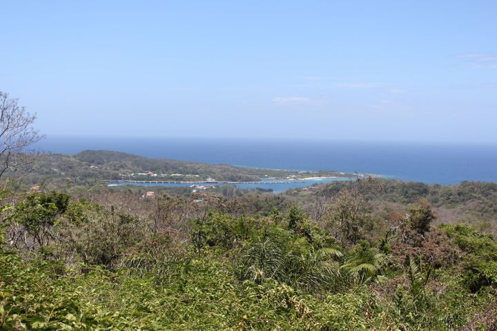 Outstanding Ocean Views, Large Buildable Lot with, Roatan,