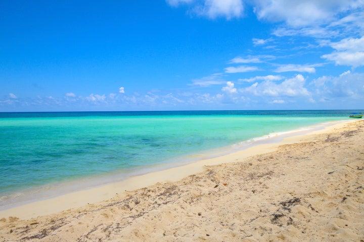 Diamond Rock Resort, Ocean view Lot C5, Roatan,