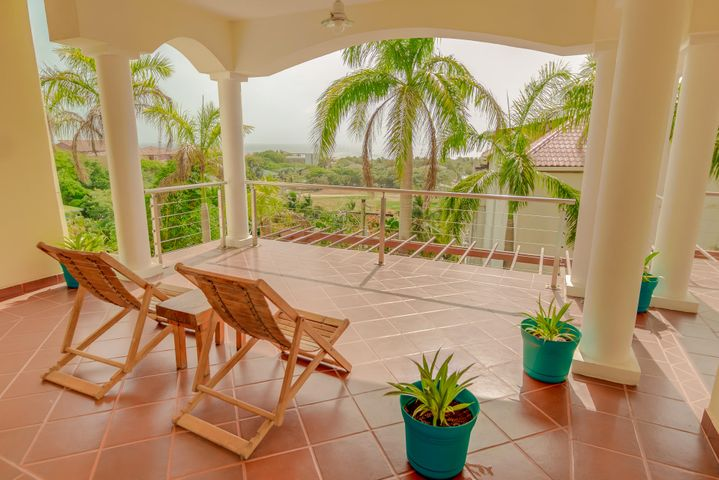Condominiums, Luxury Condo at Sea Vue, Roatan,