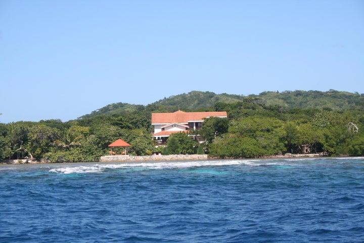 Parrot Tree Plantation, Marina Point Estate Home, Roatan,