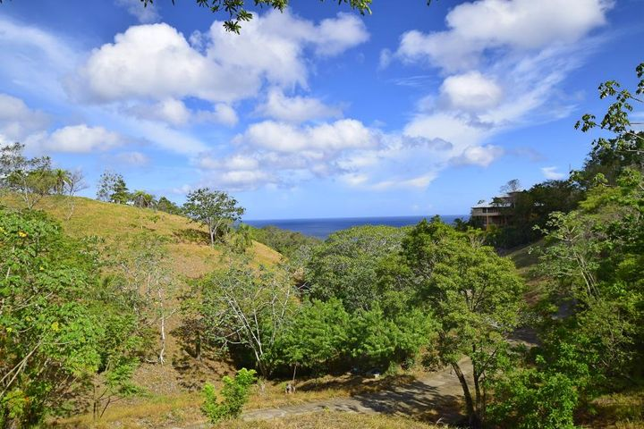 Ocean Views in Sandy Bay, Roatan,