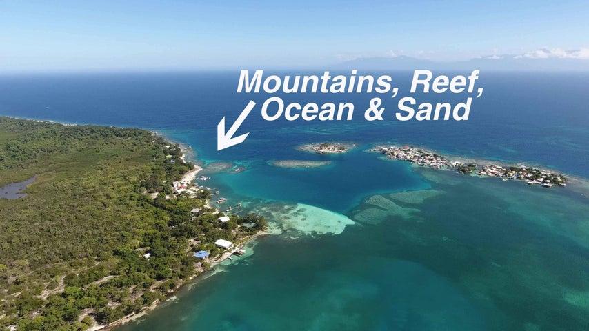 Double Lot Near Utila Cays, Sandy Beach 3 Dock Slips, Utila,