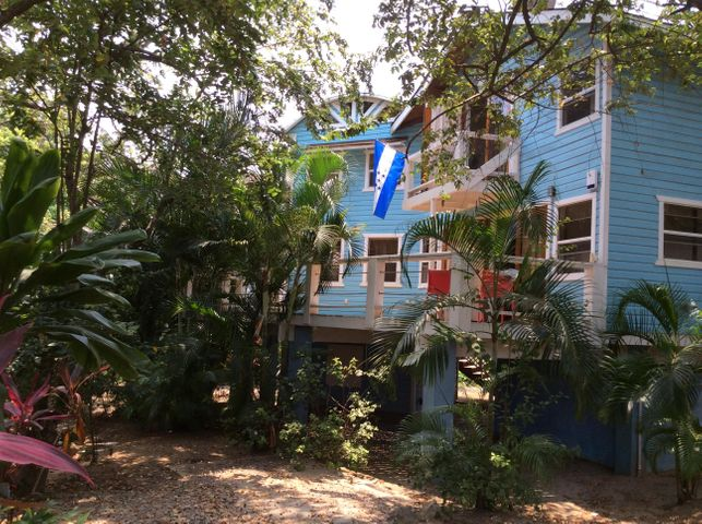The Blue House, Roatan,