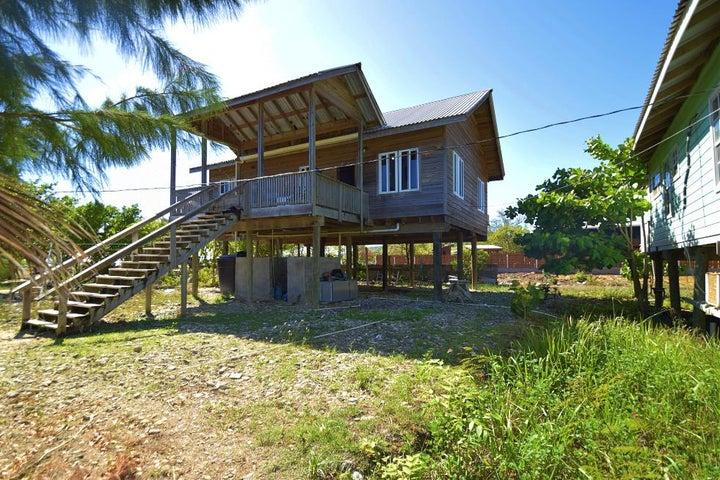 Bight Greenwood Village in Calabash, 2Bd 2Ba East End Home, Roatan,