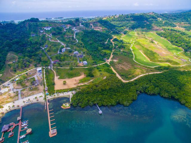 2nd phase, Coral Views Village, Lot #126, Roatan,
