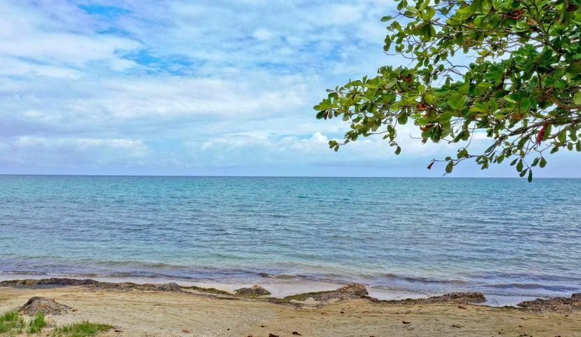 Beachfront lot#LL6, Palmetto Bay Plantation, Roatan,