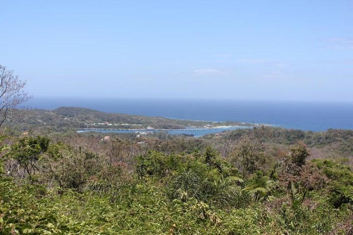 Lot A, Brazil Hill, Roatan,