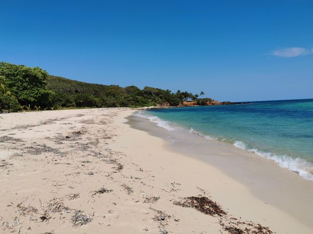 Paya Bay and Camp Bay Beaches, Lot ready to be built near, Roatan,