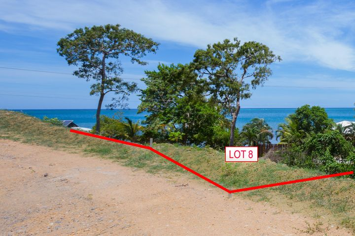 Clear ocean views from Lot 8