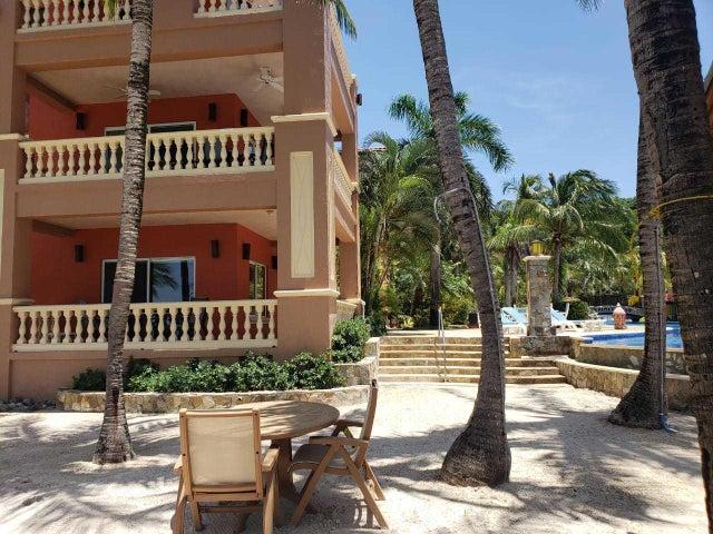 Condo #1001 West Bay, Beachfront Infinity Bay Resort, Roatan,