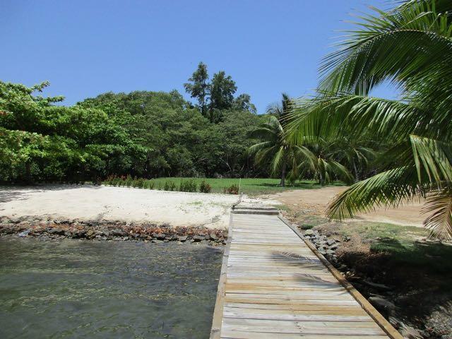 Carib Bight (Bay), Mariposa Lot #30, Roatan,