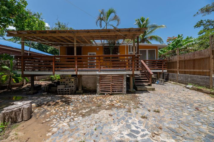 a new owner!, Family home looking for..., Roatan,