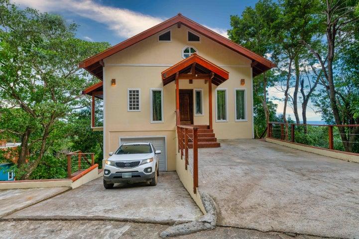 Tamarind Drive, Casa Kohunlich, Roatan,