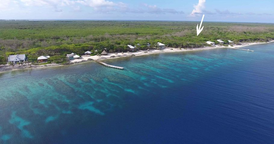 Big Rock, South Shore, 0.31 Acre Beachfront Lot, Utila,