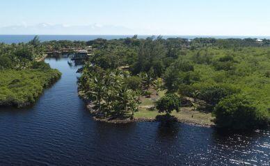 Coconut Cove Lot, Utila,