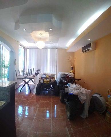 3 Story Villa Trujillo, Mainland,