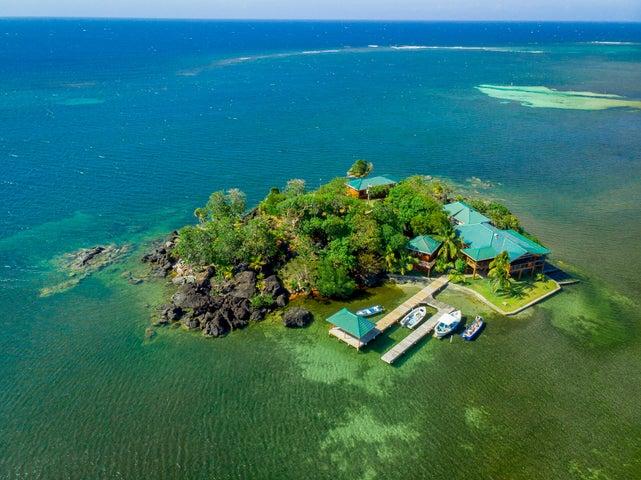 Black Rock Cay, Guanaja,