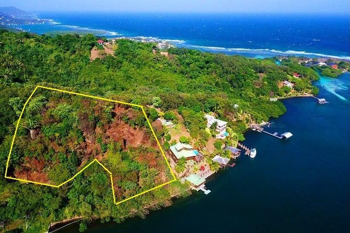Caribe Bight 1.98 acre, Roatan,