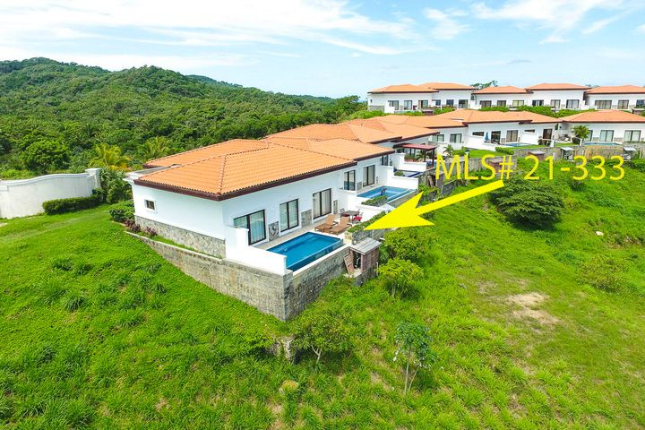 Villa with Private Pool, Pristine Bay – Two bedroom, Roatan,