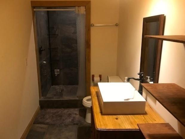 2 Bed/2Bath Home, Cozy Getaway, Roatan,
