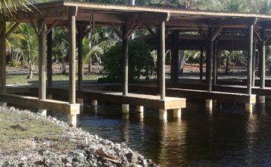 Coconut Cove Boat Slip, Utila,