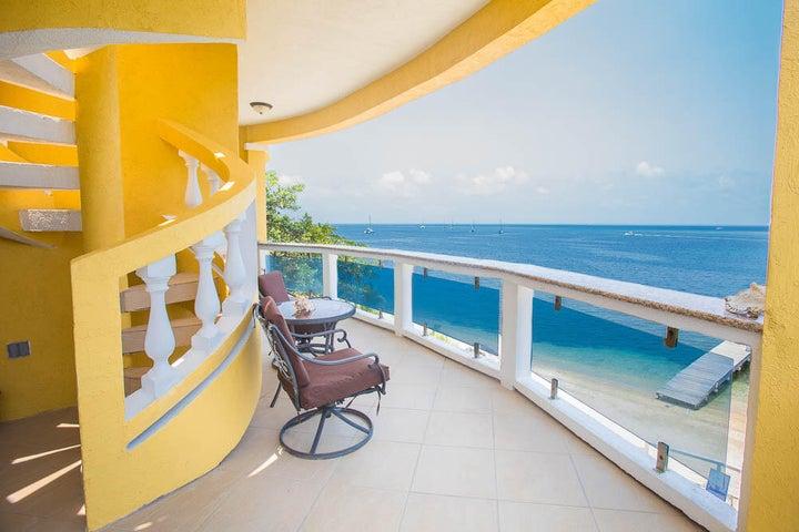 Villas del Playa 6, Roatan,