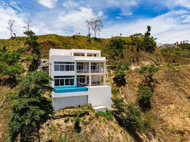 Coral Views Village, Caribbean vistas sprawling out, Roatan,