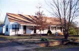 Main photo 1 of sold home at 105 S MAIN, 5TH HOUSE O , Belleville, AR 72824