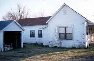 Main photo 2 of sold home at 105 S MAIN, 5TH HOUSE O , Belleville, AR 72824