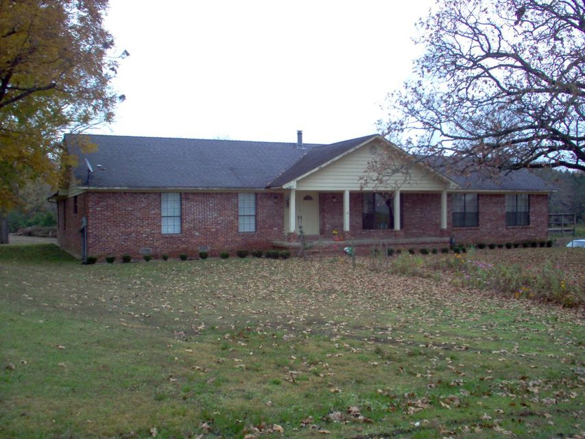 Main photo 6 of sold home at 42  CHURCH Court, London, AR 72847
