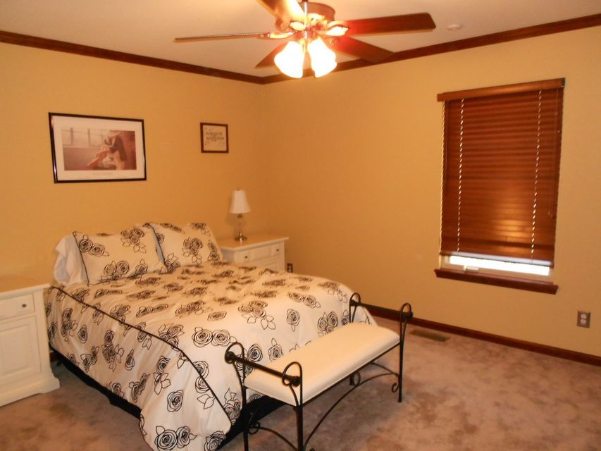 Main photo 14 of sold home at 420  Parliment , London, AR 72847