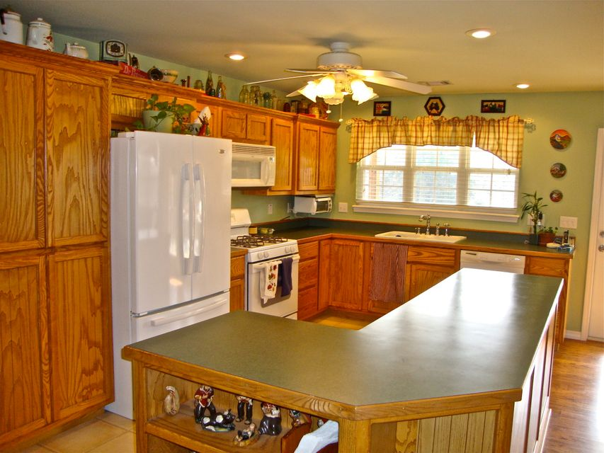 Main photo 9 of sold home at 95  HILL Boulevard, London, AR 72847