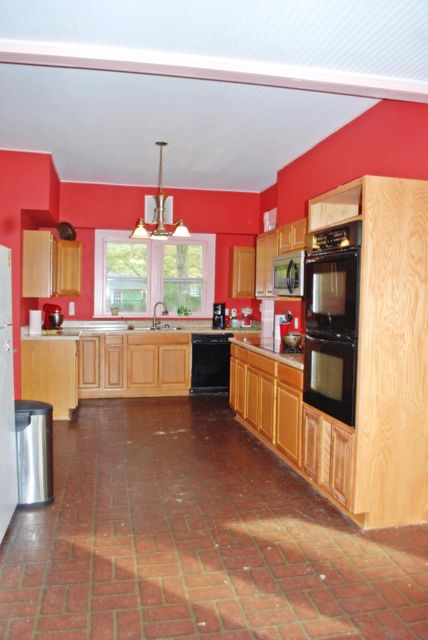 Main photo 34 of sold home at 2033  Robinson Avenue, Conway, AR 72034