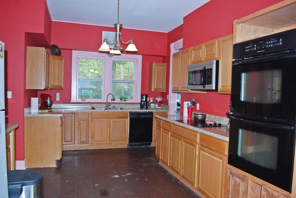 Main photo 38 of sold home at 2033  Robinson Avenue, Conway, AR 72034
