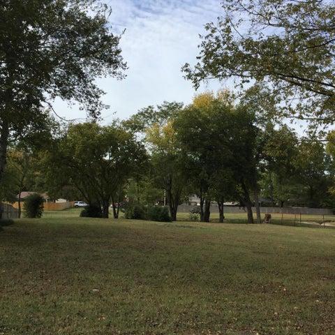 406 S Jonesboro Avenue, Russellville, AR 72801