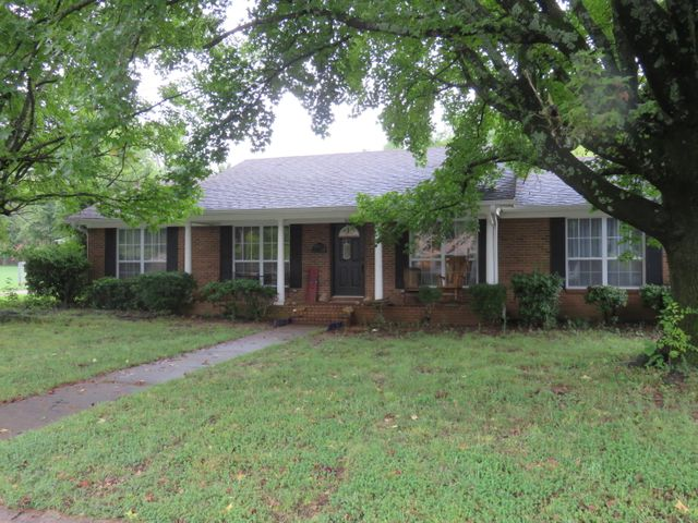 109 S Circle Drive, Clarksville, AR 72830