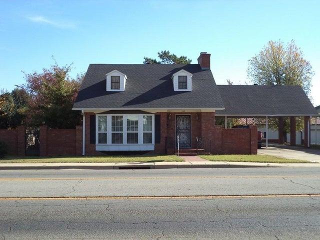 309-313 S ROGERS Street, Clarksville, AR 72830