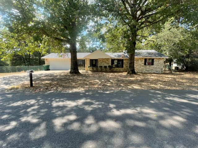 908 W Norristown Circle, Russellville, AR 72802