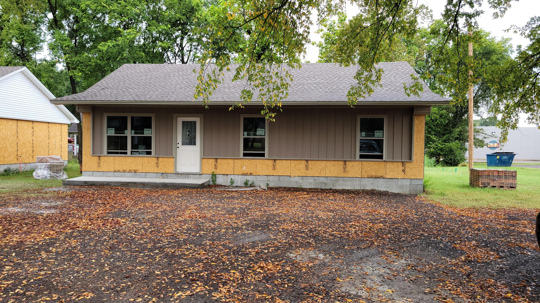 414 S Ithaca Avenue, Russellville, AR 72801