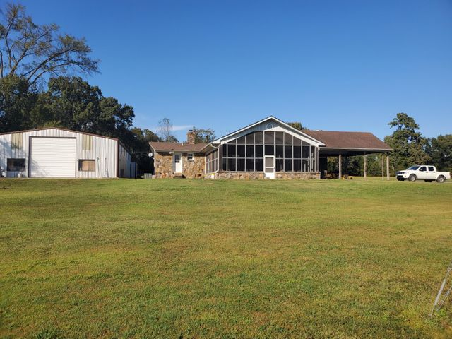 9248 State Hwy 22, Ratcliff, AR 72951