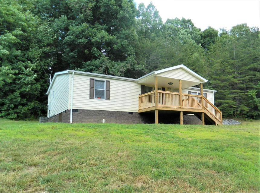 Photo of 141 Eisenhower RD Ridgeway VA 24148