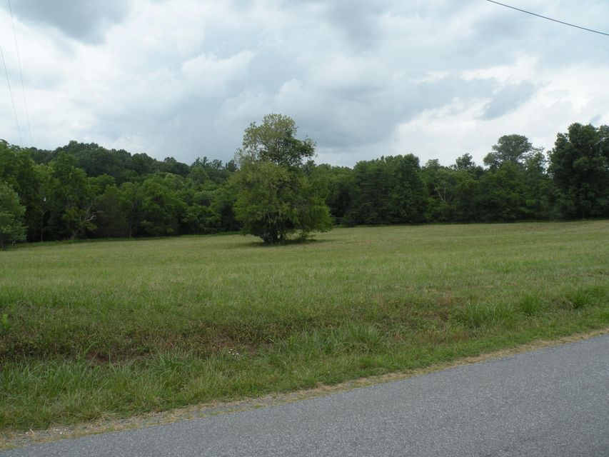 Photo of 00 Stone Mountain RD Bedford VA 24523