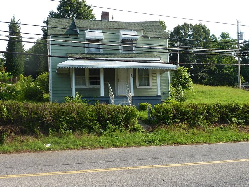 Photo of 925 E MAIN ST Salem VA 24153