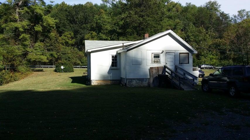 6124 Franklin RD, Boones Mill, VA 24065